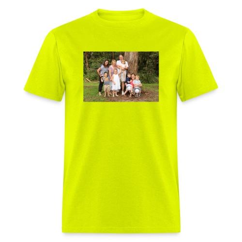 146 IMG 6172 - Men's T-Shirt