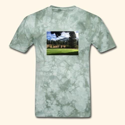 mountain scenery mount shasta pic - Men's T-Shirt