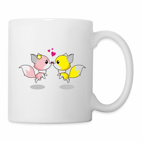 Two cute little foxes kissing and being in love - Coffee/Tea Mug