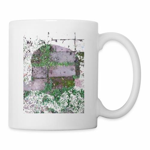 Bricks and nature - Coffee/Tea Mug