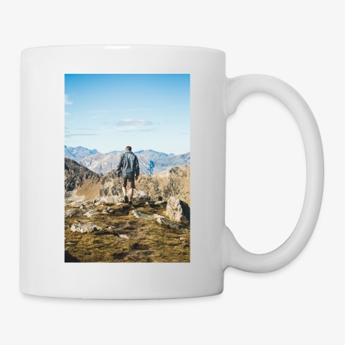 man hiking - Coffee/Tea Mug
