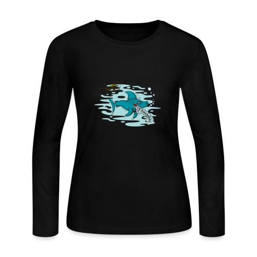 Wild shark feeling disgusted when seeing a diver - Women's Long Sleeve Jersey T-Shirt