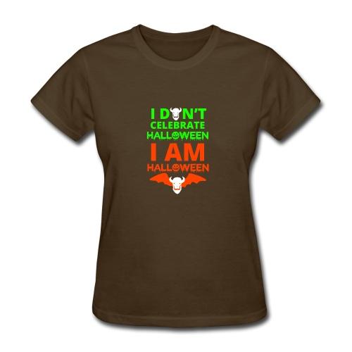 Halloween design i am Halloween bat - Women's T-Shirt