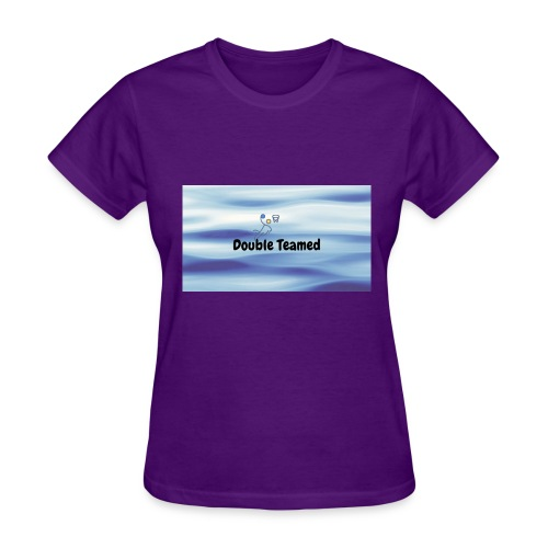 double teamed - Women's T-Shirt
