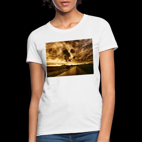 Horror Skull In The Valley - Women's T-Shirt