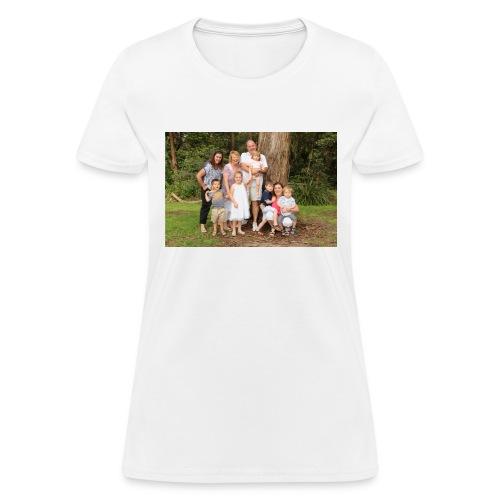 146 IMG 6172 - Women's T-Shirt