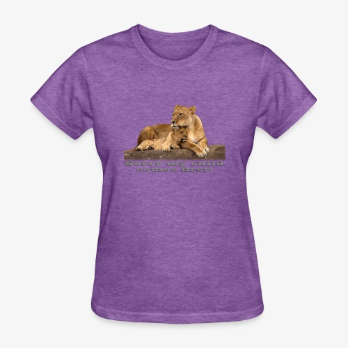 Lion-My child comes first - Women's T-Shirt