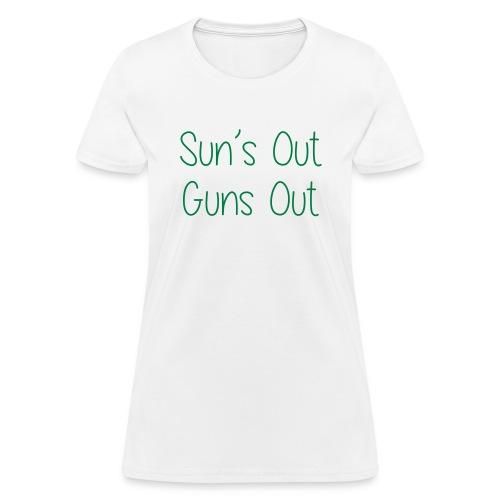 guns - Women's T-Shirt