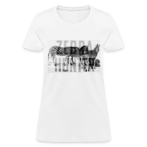 zebra hunter - Women's T-Shirt