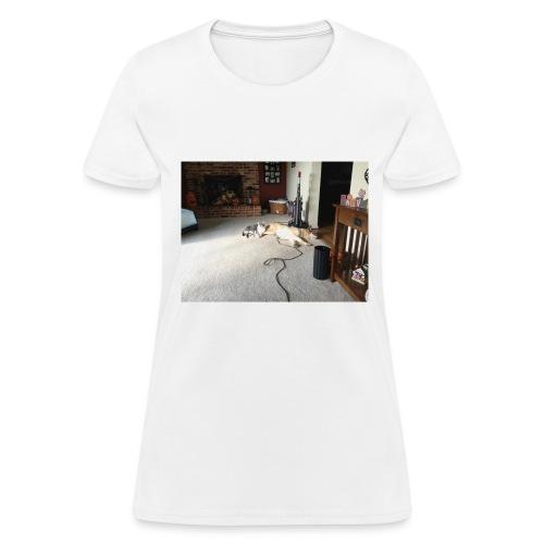 AD219CAE 7176 4723 B280 A24DE041D884 - Women's T-Shirt