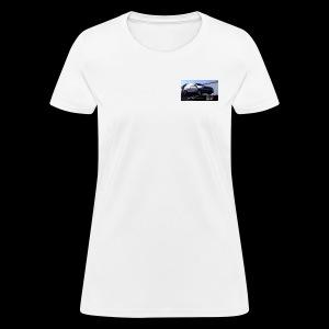 Ballons in a Car - Women's T-Shirt
