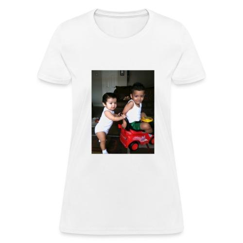C651C793 5B27 4706 80F6 F9CDCA846103 - Women's T-Shirt