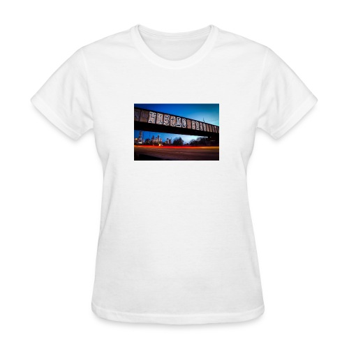 Husttle City Bridge - Women's T-Shirt