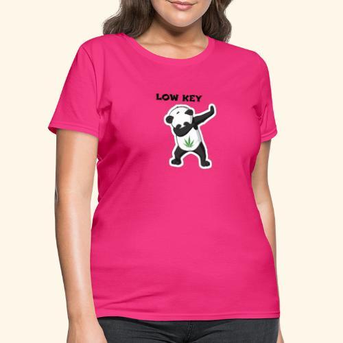 LOW KEY DAB BEAR - Women's T-Shirt