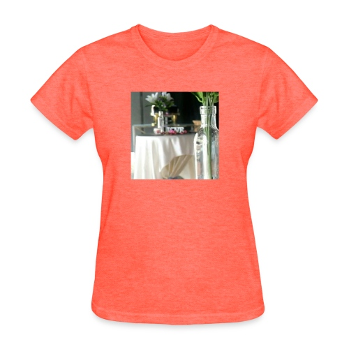 Spread the Love! - Women's T-Shirt