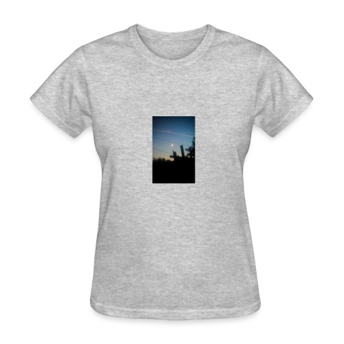 Pieced moon - Women's T-Shirt