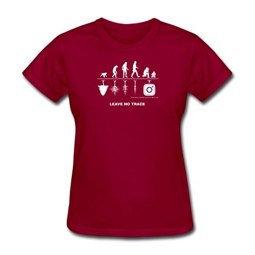 IG De Evolution White - Women's T-Shirt