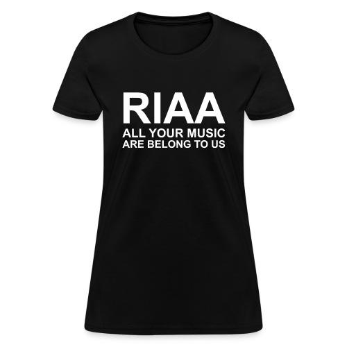 aymabtu ginormous - Women's T-Shirt