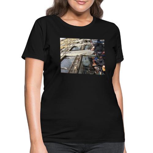 Middle finger by JRL - Women's T-Shirt