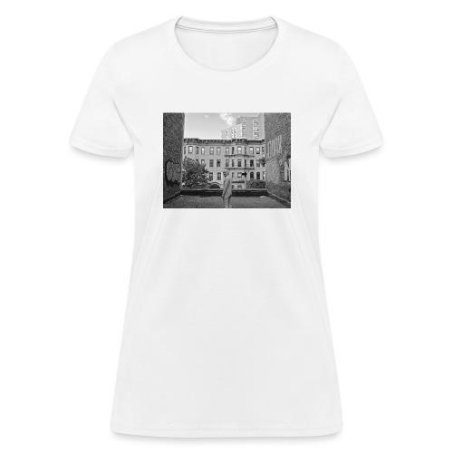 rooftop crop bw - Women's T-Shirt