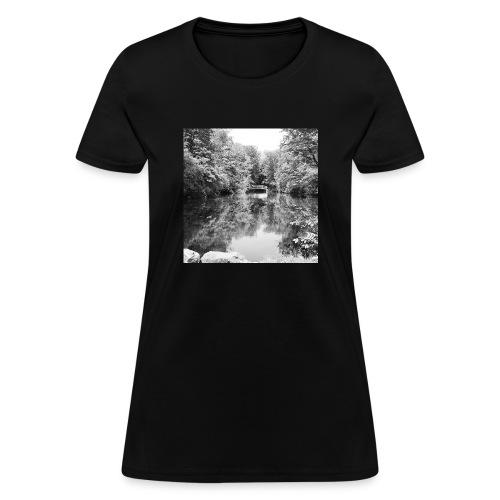 Lone - Women's T-Shirt