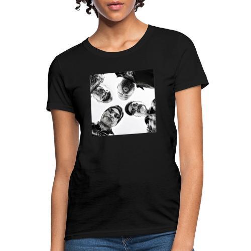 Crawdad Joe Circle shot - Women's T-Shirt