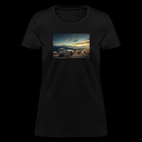 Mountain View Design - Women's T-Shirt