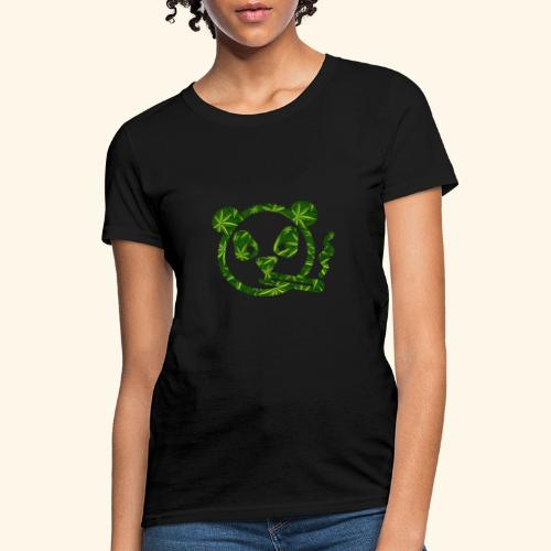PANDA SMOKING - PANDAS STONER - CANNABISLEAF - Women's T-Shirt