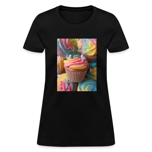 Unicorn cupcakes - Women's T-Shirt