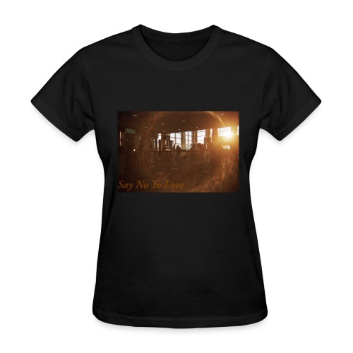 Airport Say No To Love Film Photography - Women's T-Shirt