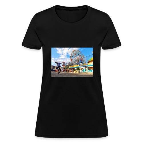 Coney Island Kickflip - Women's T-Shirt