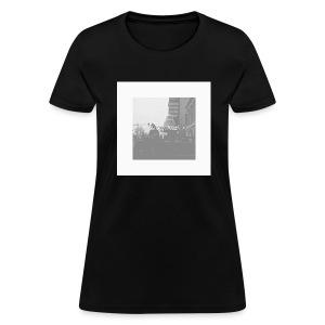 The King's Dead! - Women's T-Shirt