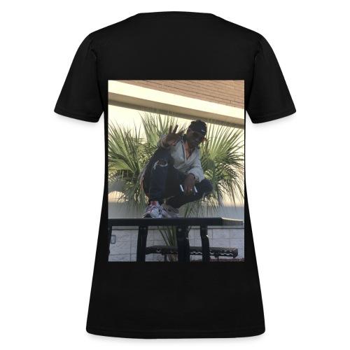 StarStatus - Women's T-Shirt