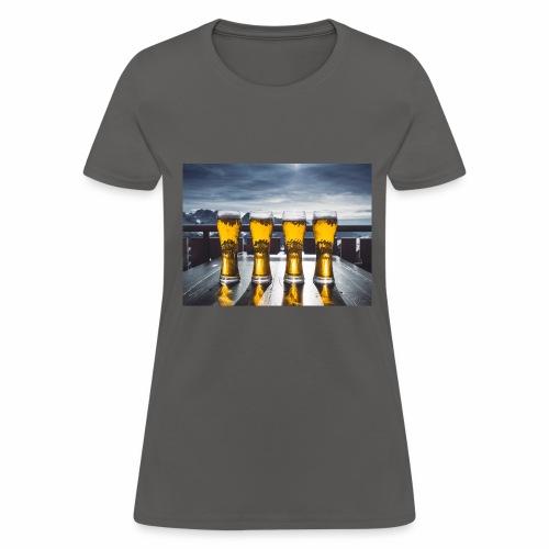 beer pic - Women's T-Shirt