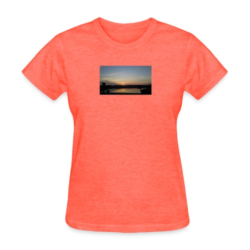 Sunset on the Water - Women's T-Shirt