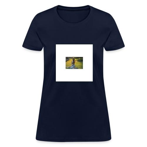 Haliey's merch - Women's T-Shirt