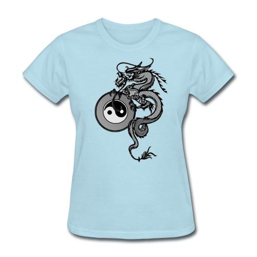 dragon with yin yang - Women's T-Shirt