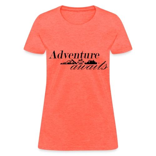 Adventure awaits - Women's T-Shirt