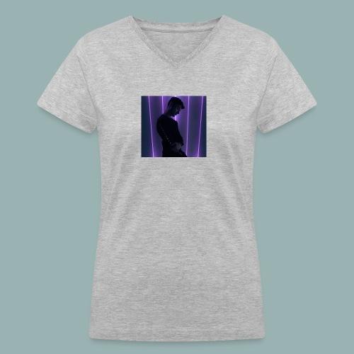 Europian - Women's V-Neck T-Shirt
