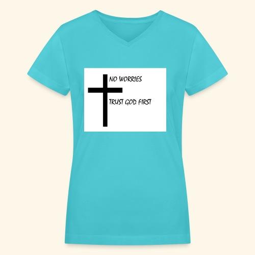 No Worries - Women's V-Neck T-Shirt