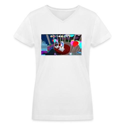 prom queen - Women's V-Neck T-Shirt