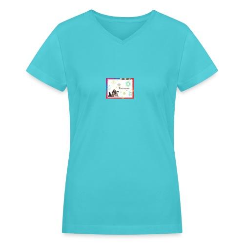 animals - Women's V-Neck T-Shirt