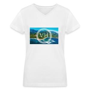 Voyage Hawaii - Women's V-Neck T-Shirt