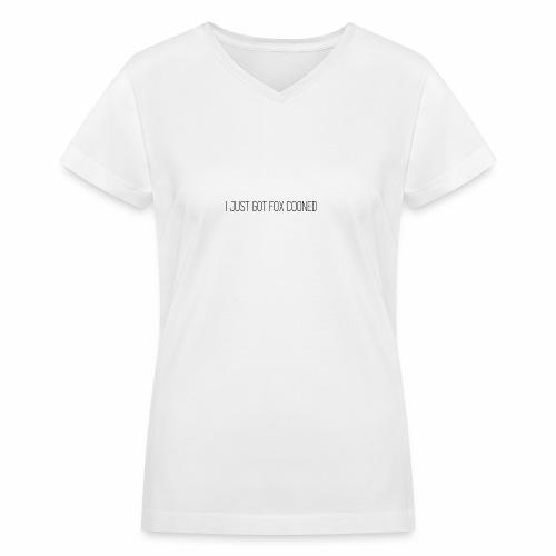 Fox Cooned - Women's V-Neck T-Shirt