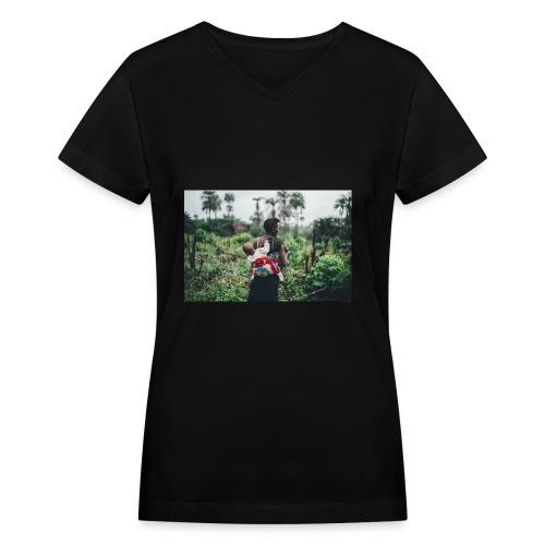 MamaAfrica - Women's V-Neck T-Shirt