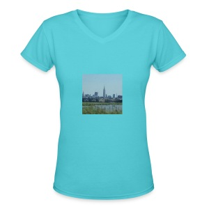 New York - Women's V-Neck T-Shirt