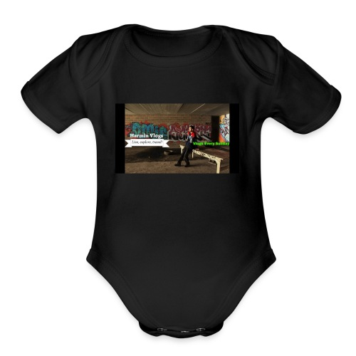 Harmin vlogs banner - Organic Short Sleeve Baby Bodysuit