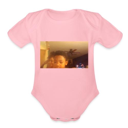 picture000 - Organic Short Sleeve Baby Bodysuit
