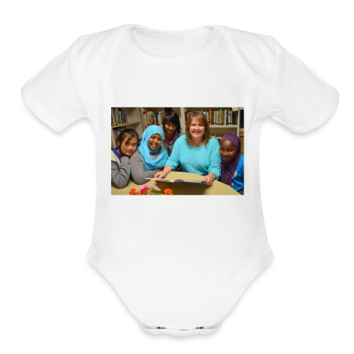 DSC_0677-1024x678 - Organic Short Sleeve Baby Bodysuit