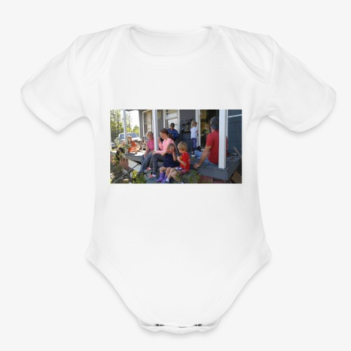 A family Gathering - Organic Short Sleeve Baby Bodysuit